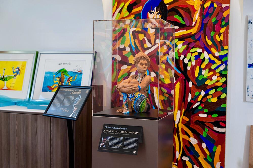 ART Ob Gemälde, Fotokunst oder Skulptur - Überraschende Raritäten und Unikate aus aller Welt zum Bestaunen.